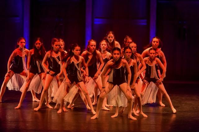 EPIC_CIC_Dance_Showdown_2016-764-(ZF-5628-27689-1-001) (1).jpeg